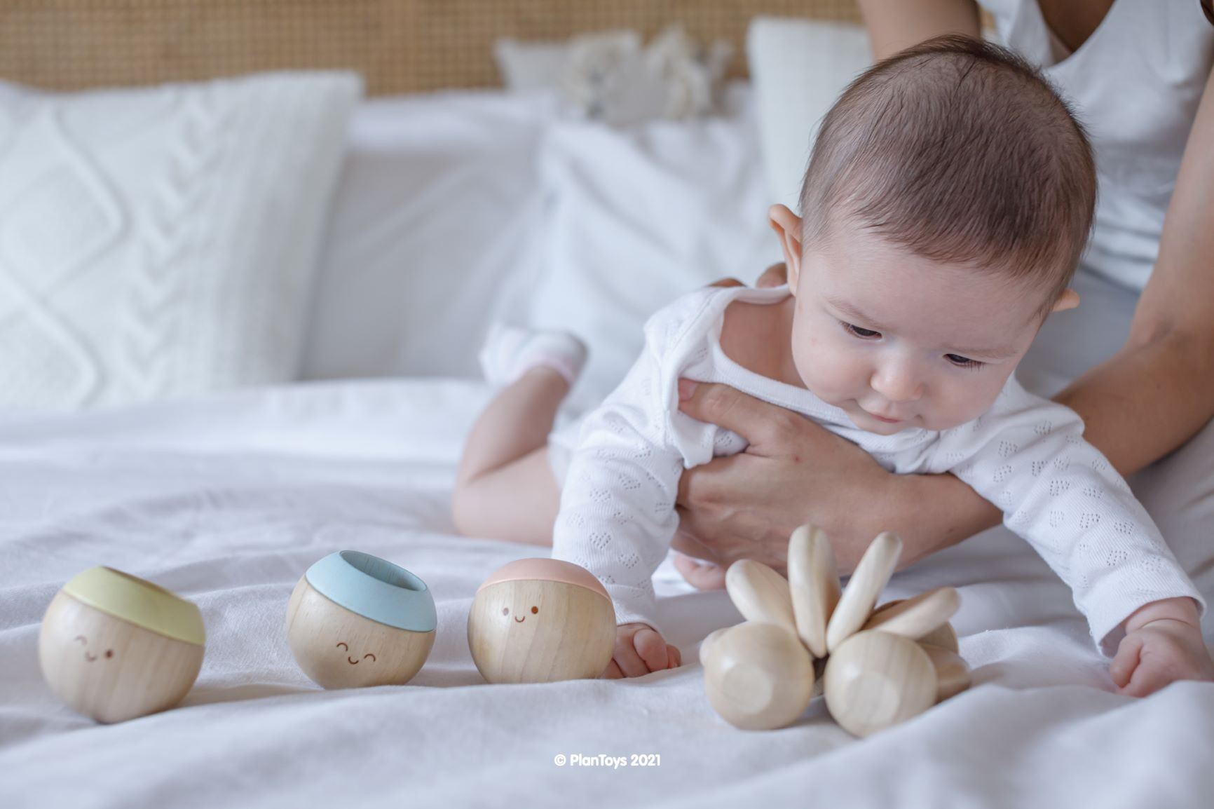 5268_PlanToys_BABY_CAR_-_NATURAL_Babies_Natural_Color_Fine_Motor_Coordination_Tactile_Visual_Emotion_6m_Wooden_toys_Education_toys_Safety_Toys_Non-toxic_1.jpg