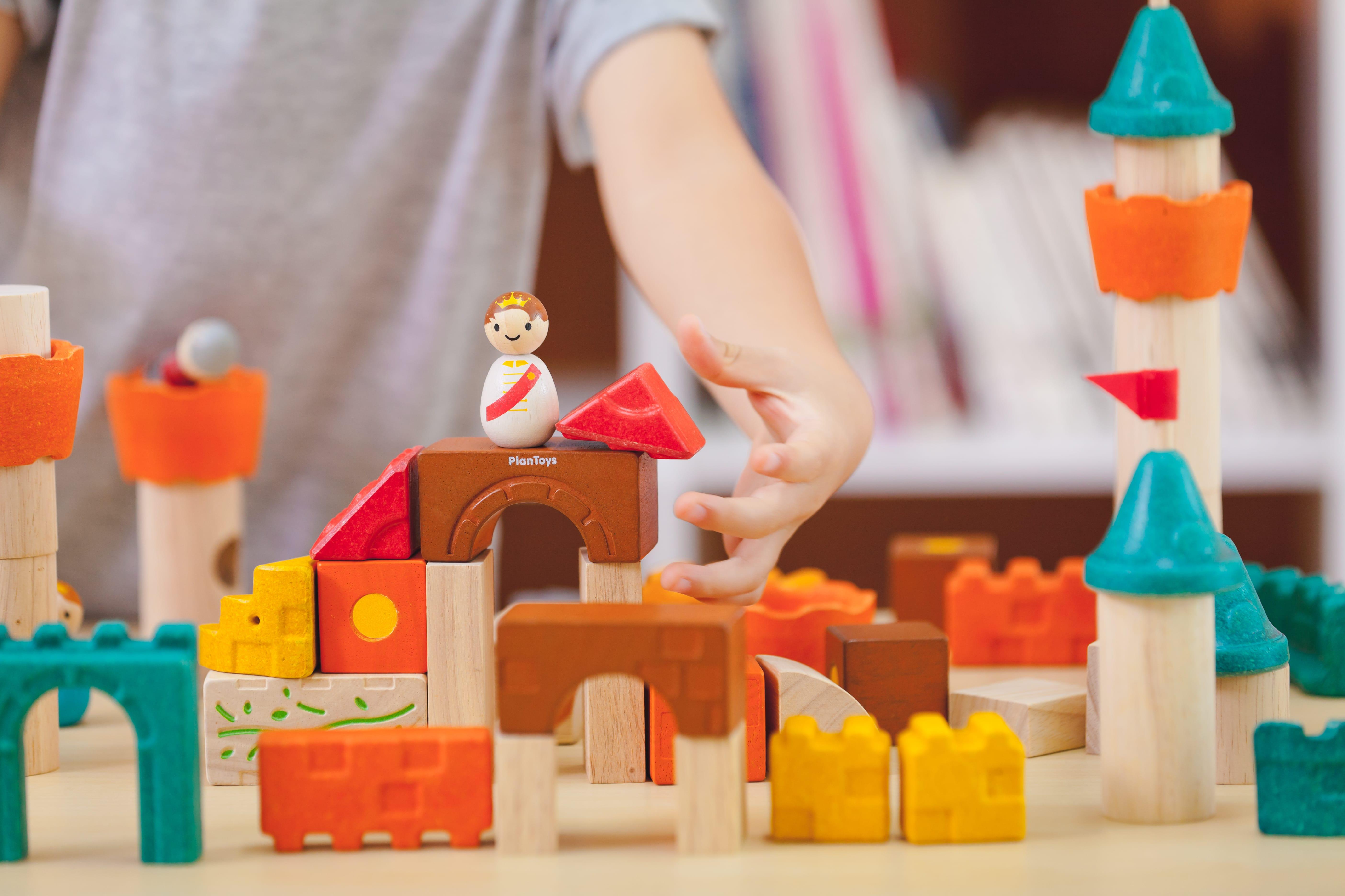 5696_PlanToys_FANTASY_BLOCKS_Blocks_and_Construction_Fine_Motor_Coordination_Creative_Tactile_3yrs_Wooden_toys_Education_toys_Safety_Toys_Non-toxic_0.jpg