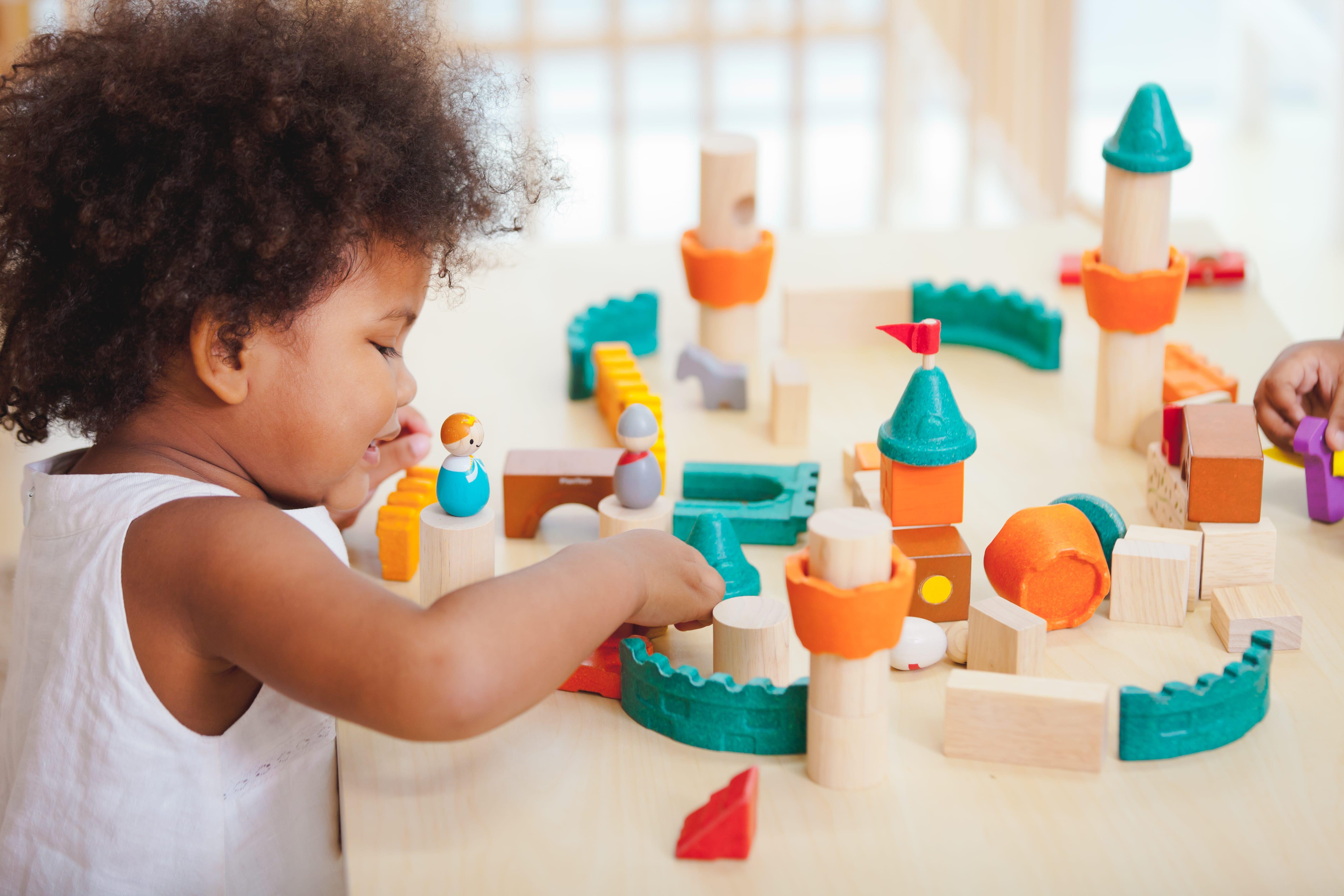 5696_PlanToys_FANTASY_BLOCKS_Blocks_and_Construction_Fine_Motor_Coordination_Creative_Tactile_3yrs_Wooden_toys_Education_toys_Safety_Toys_Non-toxic_5.jpg